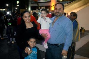 21112019 Sandra, Bárbara, Juan Felipe y Juan Felipe.