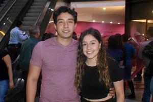 21112019 Luis y Cristy.