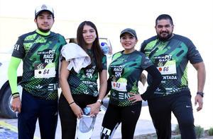 22112019 DESAFíAN LA DISTANCIA.  Sandy Rodríguez, Bron De Santiago y Alondra De Santiago.
