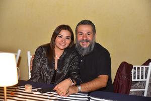 22112019 Lily y Jorge.