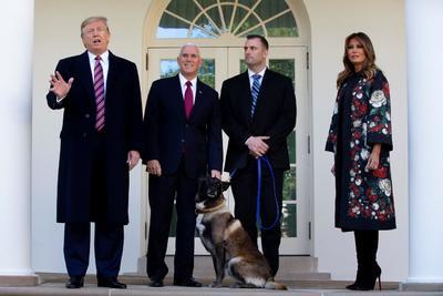El presidente estadounidense, Donald Trump, compareció este lunes por sorpresa ante la prensa en la Casa Blanca.