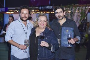 Lalo, Marilu y Carlos