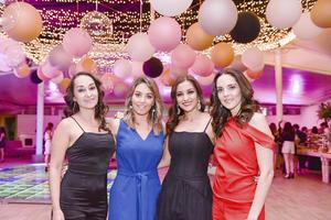 Deneb,Emma,Martha y Maria Fernanda.