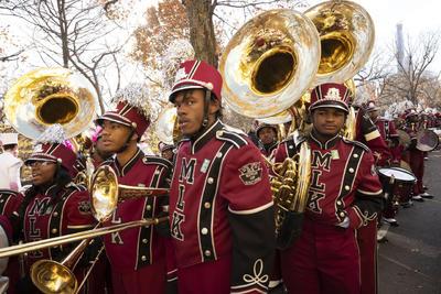Celebra Nueva York su tradicional desfile del Día de acción de gracias