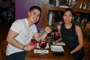 28112019 Juan Carlos y Ana Laura.