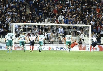 SANTOS VS MONTERREY     Cuartos de final entre Santos Laguna y Rayados de Monterrey Santos 2. Monterrey 4 segundo tiempo Apertura 2019