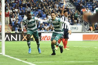 SANTOS VS MONTERREY     Cuartos de final entre Santos Laguna y Rayados de Monterrey Santos 2. Monterrey 3 primer tiempo Apertura 2019