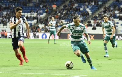 SANTOS VS MONTERREY     Cuartos de final entre Santos Laguna y Rayados de Monterrey Santos 0 Monterrey 3 primer tiempo Apertura 2019
