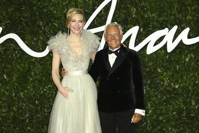 Cate Blanchett y Giorgio Armani.