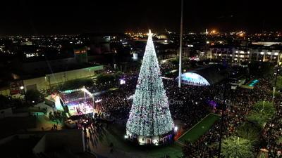 Dicha pista funcionará del 3 de diciembre al 6 de enero en un horario de 10:00 a 14:00 y de 15:30 a 21:00 horas.