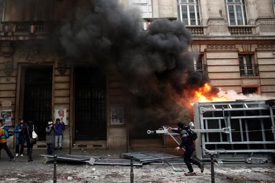 Los enfrentamientos estallaron poco antes de las 16:00 hora local.