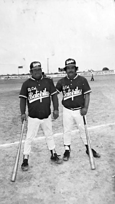 """El """"Güero"""" Baltazar Álvarez y Sergio el """"Borrego"""" Pérez en el Estadio Guillermo Becker 1987."""