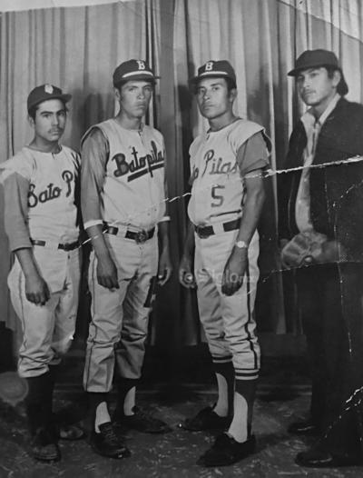 "Sergio ""El Borrego"" Pérez, Jubenal Reyes y Jesús Rodarte Q.P.D. Mayo 1973."