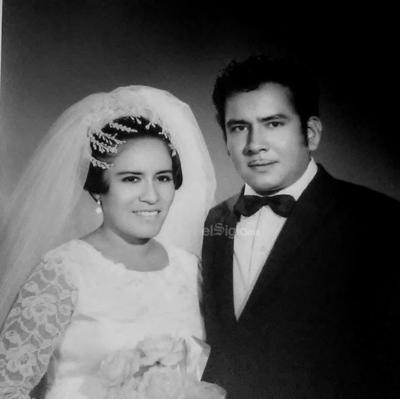 Sr. Lucio Carrera Chihuahua y Yolanda Núñez Luna celebrando sus nupcias en 1969.