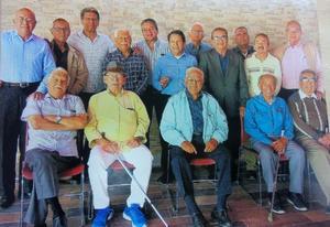 01122019 GRATO ENCUENTRO.  Integrantes del grupo Amantes de la vida e invitados, reunidos en un desayuno sabatino.