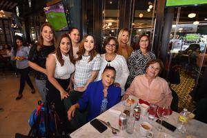04122019 PRONTO SERá MAMá.  Goretti Duarte recibió felicitaciones y regalos por parte de las invitadas a su prenatal.