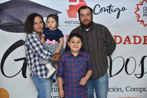 02122019 Valentina, Carmen, José y José Rolando.