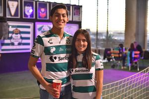 04122019 Raúl y Génesis.
