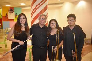 06122019 Alma, Javier, Mariana y Gabriel.