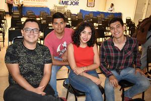 06122019 ASISTEN A PREMIACIóN DE CONCURSO.  Juan José,  Diego, Janeth y Ángel.