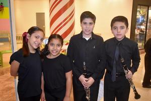 06122019 Georgina, Giovana, Rodrigo y Axel.