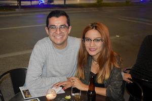 06122019 Alexis y Casandra.