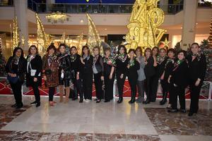 08122019 EXPOSICIóN FLORAL.  Damas jardineras participaron en la expo Nuestro México.