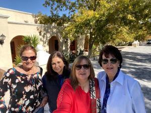 08122019 EN HACIENDA DE PEROTE EN PARRAS.  Minerva Assaff, Paty Villarreal, Lourdes Benavides de Martínez y Yeye Romo Zozaya.