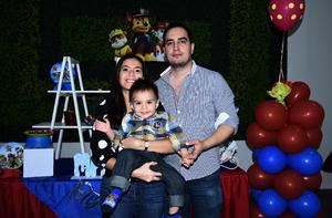 07122019 DIVERTIDA CELEBRACIóN.  Karla, Memo y su hijito Marcelo.