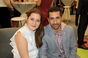 07122019 EN PAREJA.  Claudia y Luis Jorge.