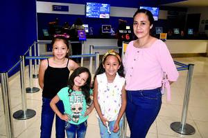 11122019 Miryam, Lilia, Sebastián y Paola.