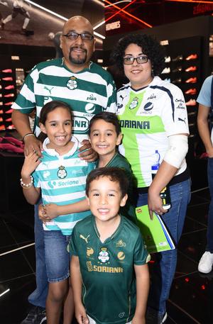 11122019 FAMILIA GUERRERA.  Ulises, Pilar, Ximena, Carlos Ulises y David.