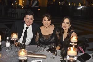 Magdalena , Ana Cris y Gilberto