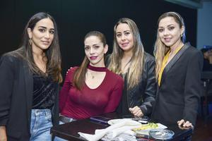 Mariel Aguilar,Damaris Barjas,Victoria Mendoza y Lilian Fernandez.