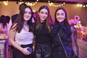 Alejandra, Victoria y Pamela