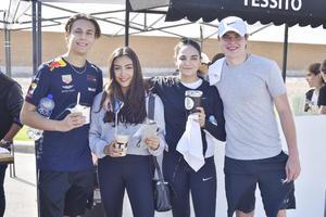 Agustín, Yesenia, Natalia y Pablo