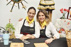 Claudia y Gaby
