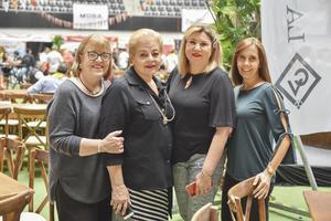 Marilu, Magda, Marisol y Angelines