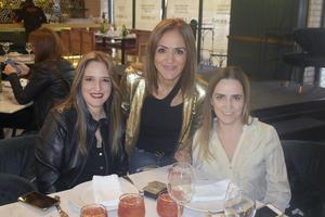 Faty, Hilda y Marcela