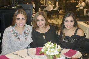 Silvia, Silvia y Ana Sofia
