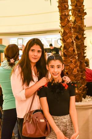 12122019 Claudia y Danna.