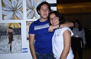 13122019 DISFRUTAN EN PAREJA.  Luis Ángel Sánchez y Paulina Reyna.
