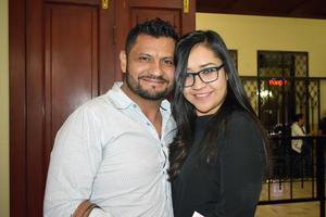 13122019 ANTES DE DISFRUTAR DE OBRA.  Raúl y Melissa.