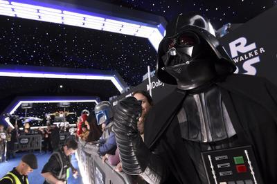 Roberto Gomez de Puerto Rico, vestido como Darth Vader.