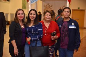 17122019 CONCIERTO NAVIDEñO.  Nora Irene, Paola, Linda y Marco.