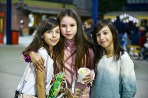 18122019 Regina, Sofía y Andrea.