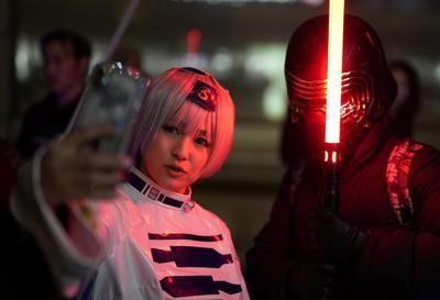 Fans de Star Wars en Tokio arriban a la premier del Episodio IX