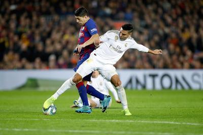 Barcelona y Real Madrid dividen puntos en el Clásico de España