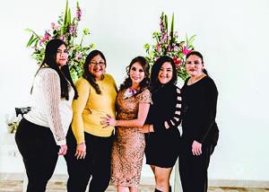 21122019 Tías: Laura Patricia, Luz María, Lorena y Diana Mendoza.