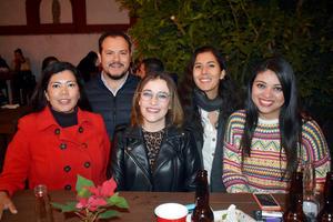 20122019 Karla, Hiram, Ilse, Renata y Harumy.